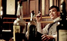 Tommy Shelby, Peaky Blinders--he was happy for about ten minutes total Peaky Blinders Series, Cillian Murphy Peaky Blinders, Boardwalk Empire, Cillian Murphy Tommy Shelby, Birmingham, Alfie Solomons, Film Studio, Romance, Tom Hardy