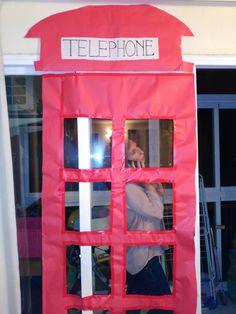 decoración fiesta cumpleaños, cabina telefónica Londres