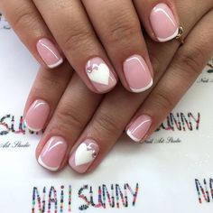 Well-groomed female hands are always striking and suggests about the cleanliness and neatness. Nice and neat french for short nails is considered as good manners, which emphasizes the integrity of the girl. The most popular – is the french in white and pastel shades of pink. Very softly looks whit…