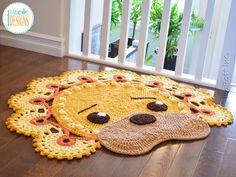 Crochet pattern PDF by IraRott for making an adorable lion rug or reading mat Crochet Carpet, Crochet Home, Crochet Crafts, Elephant Rug Crochet, Crochet Lion, Hobbies And Crafts, Diy And Crafts, Owl Rug, Animal Rug