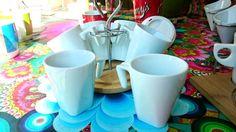 Juego de 6 #tazas con soporte redondo, ideal para las #tardes de #cafelito o #té con las #amigas :)
