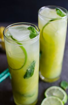 Enjoy this summer with this refreshing pineapple mojito