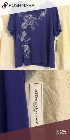 Alfred Dunner top NWT Blue with white beaded floral design Alfred Dunner Women's top 3X. Smoke free / pet free home. Make an offer. Alfred Dunner Tops Tees - Short Sleeve