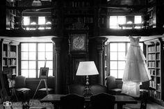 Hochzeit mit Wedding Planner Schloss Leopoldskron - Salzburg Stadt - Roland Sulzer Fotografie GmbH - Blog Seating Chart Wedding, Seating Charts, Name Card Holder, Place Card Holders, Wedding Reception Timeline, Wedding Name Cards, Geometric Wedding, Wedding Places, Plan Your Wedding