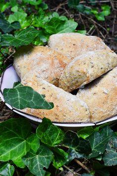 Pšeničné kornbulky Bread, Food, Breads, Baking, Meals, Yemek, Sandwich Loaf, Eten