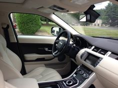 Command control in the driver's seat of the #RangeRoverEvoque; the Sports Command Driving Position sits you lower in the vehicle, resulting in a sportier drive.