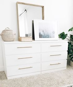 Ikea & Malm & Chests of drawers Diane Tuttle.native ikeabedroomideasIkea & Malm & Chests of drawers Diane Tuttle.native Ikea Malm hacks probably never seen before Bedroom Dressers, Bedroom Makeover, Ikea Dresser Makeover, Dresser Decor, Bedroom Design, Dresser Hardware, Ikea Malm Dresser, Malm Bed, Dresser As Nightstand