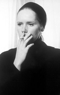 Liv Ullmann in Persona Bergman Movies, Bergman Film, Persona Ingmar Bergman, Persona 1966, Dark Art Drawings, Blake Griffin, Cult, Women Smoking, Hollywood Life