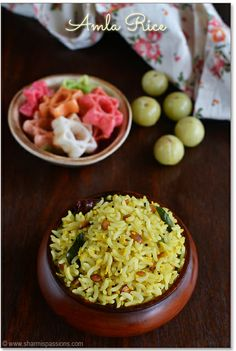 Amla (Indian Gooseberry) Rice - Amla/Gooseberry (Nellikai) has lot of health benefits.its really good to include it in your daily diet with its richest form of Vitamin C. Vegan Rice Dishes, Rice Recipes Vegan, Vegetarian Recipes, Benefits Of Rice, Health Benefits, Palak Paratha, Maharashtrian Recipes, Lunch Box Recipes