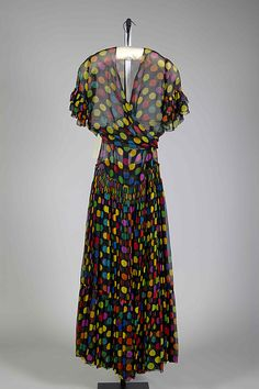 Evening ensembleHouse of Paquin (French, 1891–1956) Date: 1938 Culture: probably French Medium: Silk