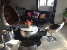 """Résultat de recherche d'images pour """"table ronde aviateur"""" Chocolate Fondue, Images, Food, Vintage, Design, Style, Furniture, Search, Swag"""