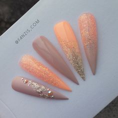 Pastell Orange, Light Nude und Silber ☄ # nailinspiration # nailinspo # orange # neon # nude # nails # nudenails # stilettonails # nailart # fanzis - New Sites Bling Nails, Silver Nails, Glam Nails, Dope Nails, Gold Manicure, Manicure Ideas, Stiletto Nails, Neon Nails, Pastel Nails