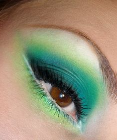 matte tropical greens. i need to work more on my matte skillz, but... *!!!GLITTER!!!*