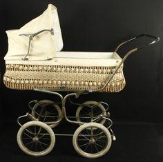 Vintage 1950's Baby Pram.