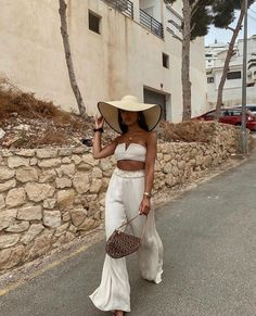 Holiday Outfits, Summer Outfits, Beach Vacation Outfits, Honeymoon Outfits, Mode Outfits, Fashion Outfits, Frock Fashion, Grunge Outfits, Fashion Tips