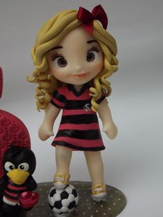 Mini topo no Nilla, Professor, Cake Toppers, Cute Babies, Biscuits, Polymer Clay, Disney Princess, Disney Characters, Baby