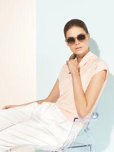 Klassisch. Clean. Chloé. Sonnenbrille, um 239 Euro zum Beispiel über Misterspex.de. window.vn &&…