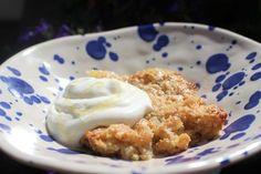 Knäckig & seg rabarberpaj med brynt smör | Fridas Food