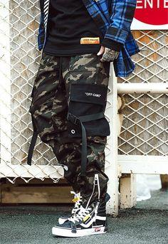 #streetwear#streetstyle#streetfashion#techwear #japanstyle#japanstreetwear#frenchwear #streetwearjaponais #japon #streetwearasiatique #tenshi #tenshigang #stylejaponais #stylederue #frenchstreetwear #style #stylefrancais #stylejaponais #sappe #fashion #habit #techwearfashion#streetwearfrancais #offwhite #designer #supreme #swag #streetwearaddict #pantalon #cargo #pantaloncargo Cargo Pants Outfit, Jogger Pants Style, Harem Pants Men, Trousers, Mode Camouflage, Camouflage Cargo Pants, Men Street, Street Wear, Pantalon Streetwear