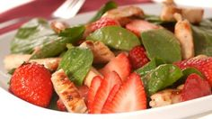 طريقة عمل سلطة الجرجير مع الدجاج والفراولة - delicious salad with strawberry recipe