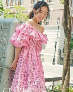 Click for full resolution. Red Velvet's Irene for GRAZIA Korea September 2018 issue