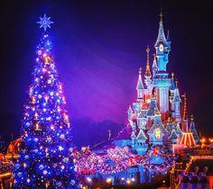 Le Château de la Belle au Bois Dormant | Sleeping Beauty Castle | Fantasyland | Mainstreet USA | Christmas Time | Disneyland Paris #DLP #Disneyland #Paris #fantasyland #mainstreet #castle #christmas