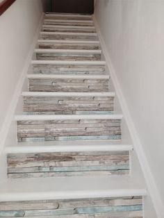 Explore The Best 43 Painted Stairs Ideas for Your Home Redecorate Basement Stairs Explore Home ideas Painted Redecorate Stairs Tile Stairs, Wood Stairs, House Stairs, Painted Staircases, Painted Stairs, Basement Steps, Staircase Remodel, Beautiful Stairs, Staircase Makeover