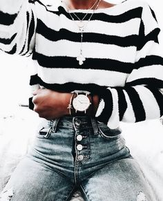 This outfit + the watch = goals (credits: unknown) Fashion Moda, Look Fashion, Fashion Outfits, Womens Fashion, Fashion Trends, 90s Fashion, Fashion Fall, Girl Fashion, Winter Outfits