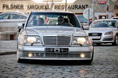 Mercedes E 500, Classic Mercedes, Mercedes Benz Cars, Chrysler 300 Custom, Import Cars, Cool Cars, Super Cars, Classic Cars, Buses