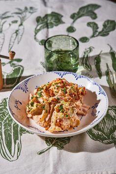 Naan, Frankfurt, Curry, Ethnic Recipes, Food, Bulgur, Curries, Essen, Meals