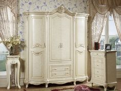 French provincial bedrooms - French provincial furniture - French ...