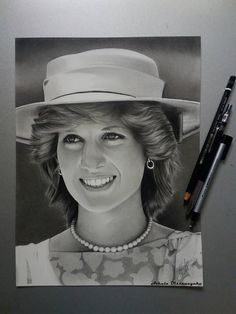 Custom portraits, custom portraits from photo, pencil portraits drawing, portraits drawing Pencil Portrait Drawing, Portrait Sketches, Drawing Portraits, Pencil Art, Realism Artists, Graphite Drawings, Art Drawings, Drawing People, People Drawings