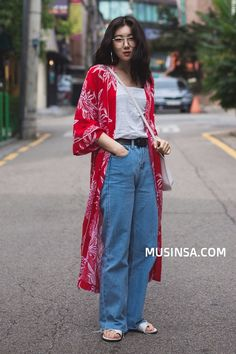 Slimming Fashion Tips .Slimming Fashion Tips Korean Ootd Summer, Korean Fashion Summer Street Styles, Korean Fashion Trends, Japanese Street Fashion, Cool Street Fashion, Fashion Tips, Summer Styles, Vogue Fashion, Fashion Fashion