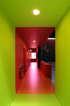 Every room is filled with color and fun. (youth center in paris). (Jugendzentrum in Paris). Indoor Climbing Wall, Youth Center, Long Hallway, Brick Colors, Glass Facades, Interiores Design, Color Inspiration, Decoration, Interior Architecture