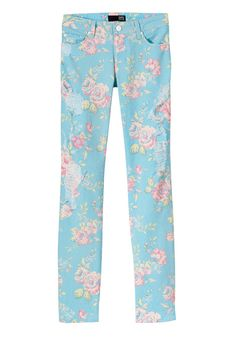 Love these floral print skinnies! David Khan Jeans.