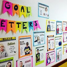Getters - goal setting display idea This easy bulletin board is great for conferences!This easy bulletin board is great for conferences! Selfie Bulletin Board, Data Bulletin Boards, Hallway Bulletin Boards, Elementary Bulletin Boards, Interactive Bulletin Boards, Bulletin Board Display, Motivational Bulletin Boards, Interactive Walls, Elementary Schools