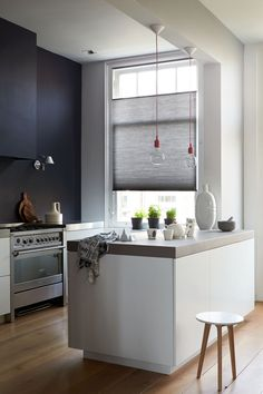 Black and white Kitchen