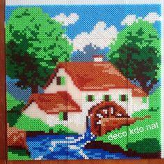 DECO.KDO.NAT: Perles hama: tableau maison au moulin