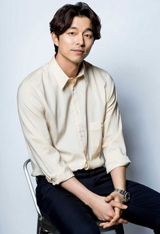 ❤❤ 공유 Gong Yoo ♡♡ Life was its usual and then there's Yoo. Asian Actors, Korean Actors, Gong Yoo Coffee Prince, Kim Go Eun Goblin, Korean Casual Outfits, Goong Yoo, Yoo Gong, So Ji Sub, Actor
