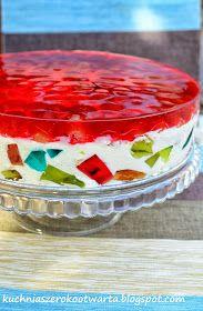 Kuchnia szeroko otwarta: Sernik na zimno z galaretkami Other Recipes, Sweet Recipes, Baking Recipes, Cake Recipes, Cake Decorating Videos, Cupcakes, Polish Recipes, Fruit Smoothies, No Bake Desserts