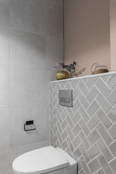 Idea, tactics, including quick guide in the interest of getting the greatest end result and ensuring the maximum use of walk In shower small bathroom Cheap Bathroom Remodel, Cheap Bathrooms, Bathroom Renovations, Shower Remodel, Bad Inspiration, Decoration Inspiration, Bathroom Inspiration, Bathroom Layout, Bathroom Interior