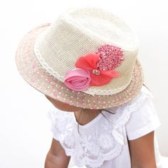 there are some really cute fedoras on downthatlittlelane