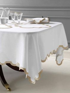 Matouk Mirasol Oblong Tablecloth