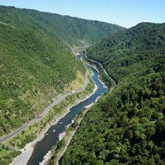 The Rangitiki River.. Manawatu Gorge N.Z