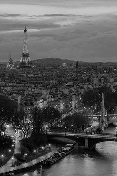 Tour Eiffel, Paris, I'll be going to France in June Places Around The World, The Places Youll Go, Places To See, Around The Worlds, Torre Eiffel Paris, Pont Paris, Montmartre Paris, Paris Travel, France Travel