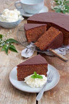 Food Allergies - Tricks of healthy life Austrian Recipes, Torte Cake, Food Test, Food Cakes, World Recipes, Cravings, Cake Recipes, Vegetarian Recipes, Bakery