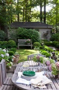 Verd Small Cottage Garden Ideas, Garden Cottage, Small Garden Design, Backyard Cottage, Back Gardens, Small Gardens, Outdoor Gardens, Garden Spaces, Dream Garden