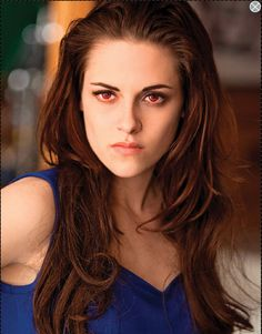 Check out red eyed vampire Bella above. Talk about fierce!