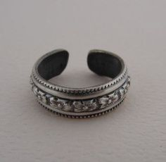 Metal Factory Sterling Silver Beaded Pattern Adjustable Toe Band Ring