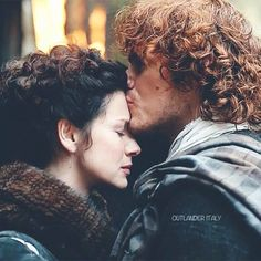 LOVED this moment from 1:10 #Outlander photo credit Outlander Italy #starz #outlanderStarz